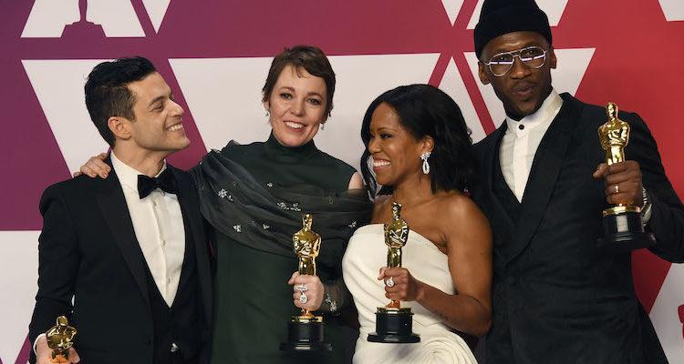 Rami Malek, Olivia Colman, Regina King e Mahershala Ali con il loro premi Oscar (Frazer Harrison/Getty Images)